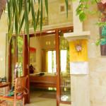 アートに囲まれて過ごすゲストハウス〜Tagel Karsa House〜