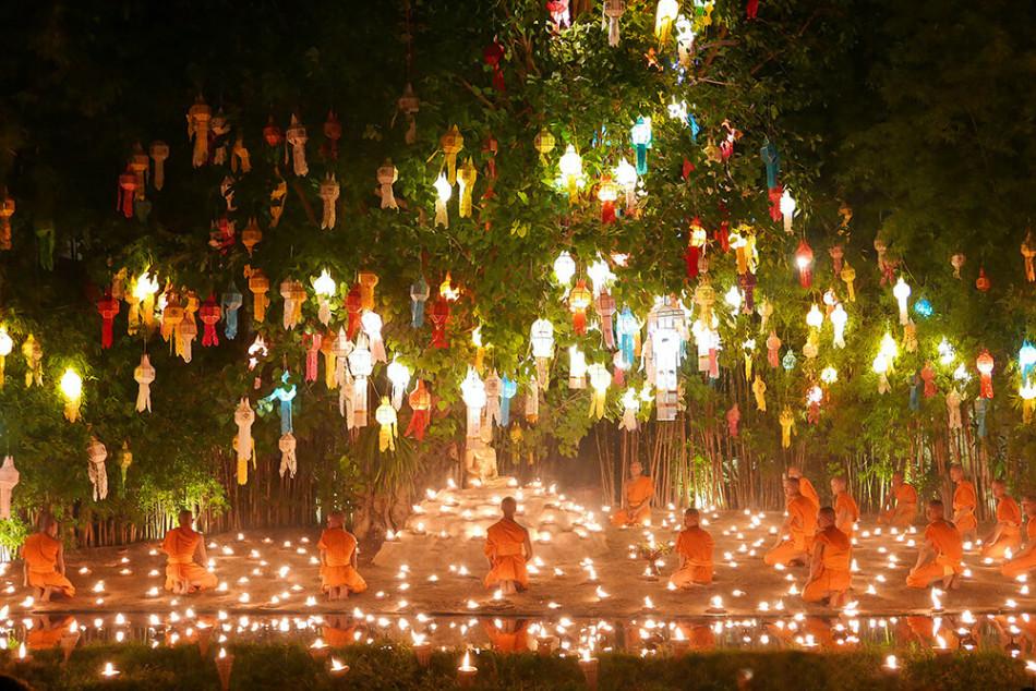 ロイクラトン(イーペン)祭り、Wat Phantao(ワット・パンタオ)のお坊さん