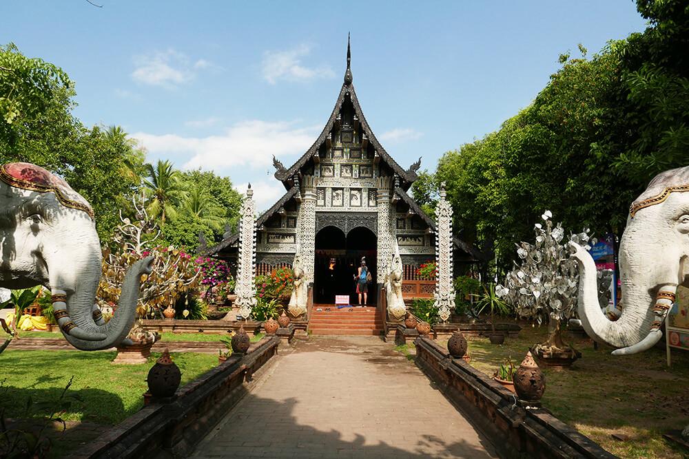 タイ・チェンマイの寺院 ワットクータオ Wat Lok Molee 建物
