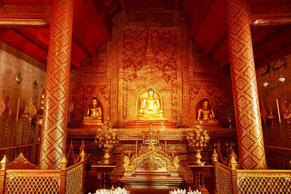 タイ・チェンマイの寺院 ワット・プラシン Wat Phra Singh
