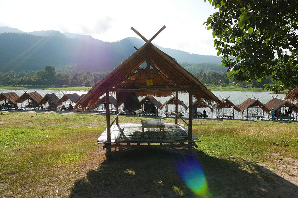 世界一周で訪れたタイ・チェンマイのメーサー滝・フェイトゥンタオ湖
