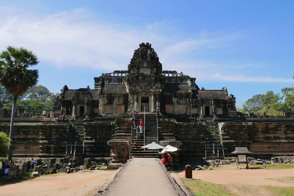 カンボジア・シェムリアップ世界遺産バプーオン