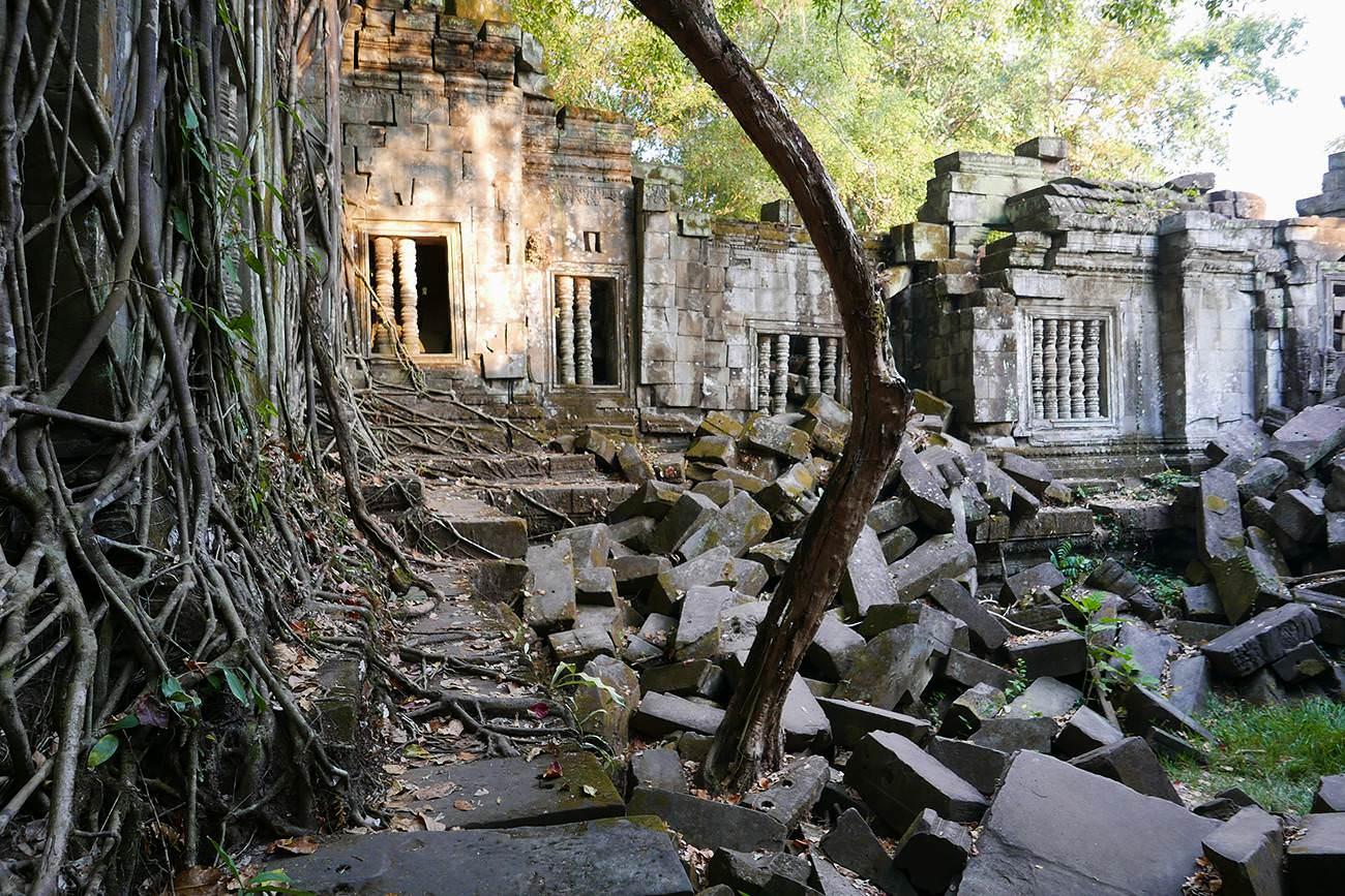 カンボジア・シェムリアップ世界遺産ベンメリア